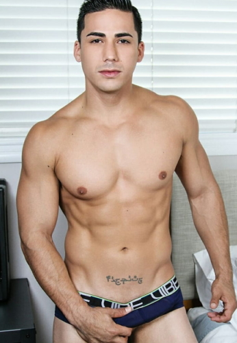 Topher DiMaggio touch
