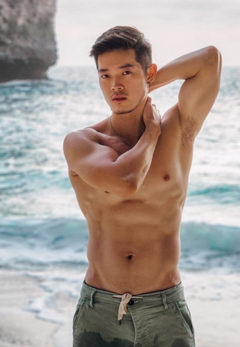 Lee-Zhelong-Donjaimak